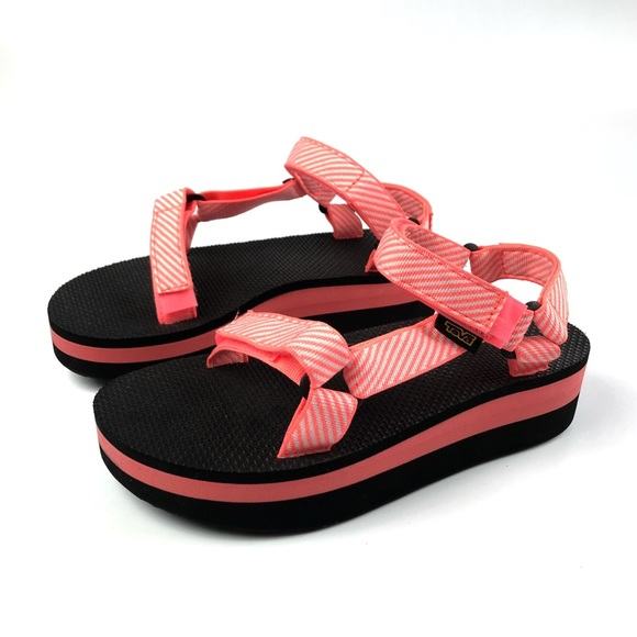 70c7c4bef231d4 Teva Flatform Hot Coral Candy Stripe Sandals NEW. M 5b1b2875619745ba07a843ff
